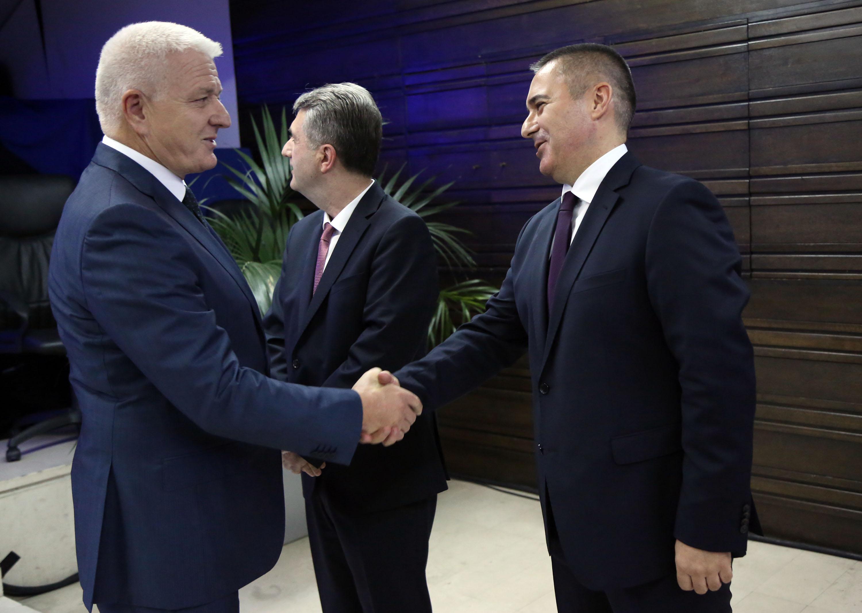 Nuhodžić, Marković i Veljović
